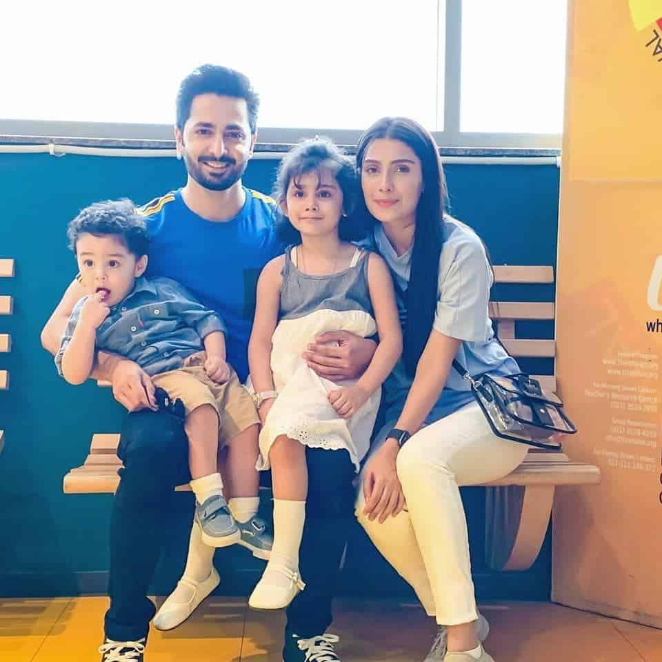 Ayeza khan and Danish Taimoor Celebrating Birthday of Daughter Hoorain