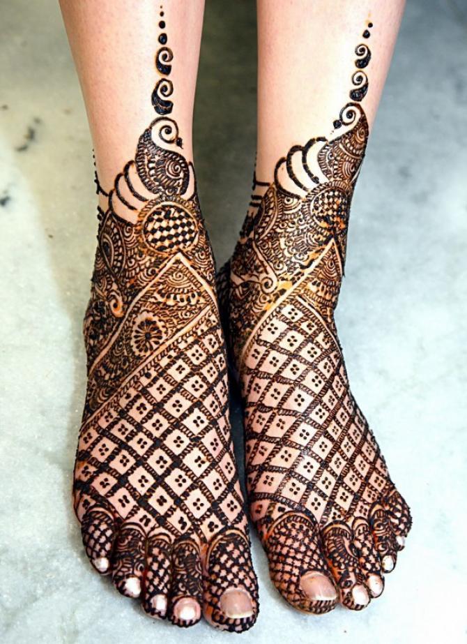 Feet Mehndi Designs 11