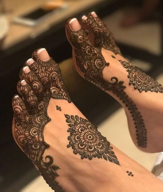 Feet Mehndi Designs 13