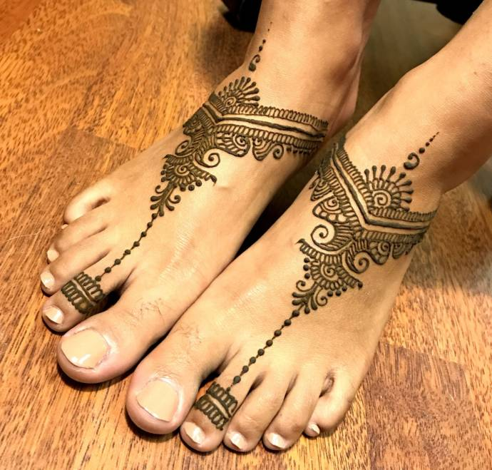 Feet Mehndi Designs 16