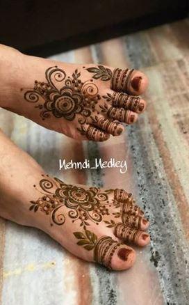 Feet Mehndi Designs 17
