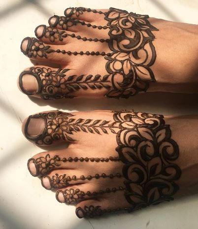 Feet Mehndi Designs 2