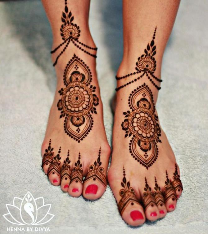 Feet Mehndi Designs 22