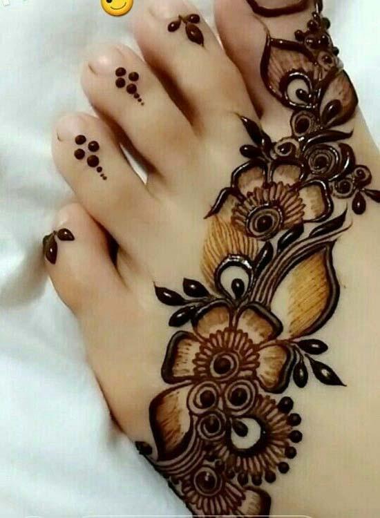 Feet Mehndi Designs 4