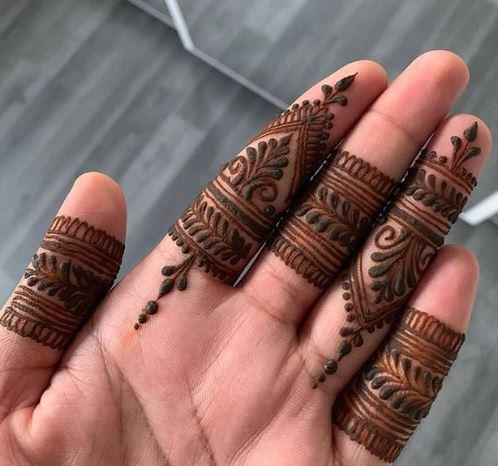 Finger Mehndi Designs 19