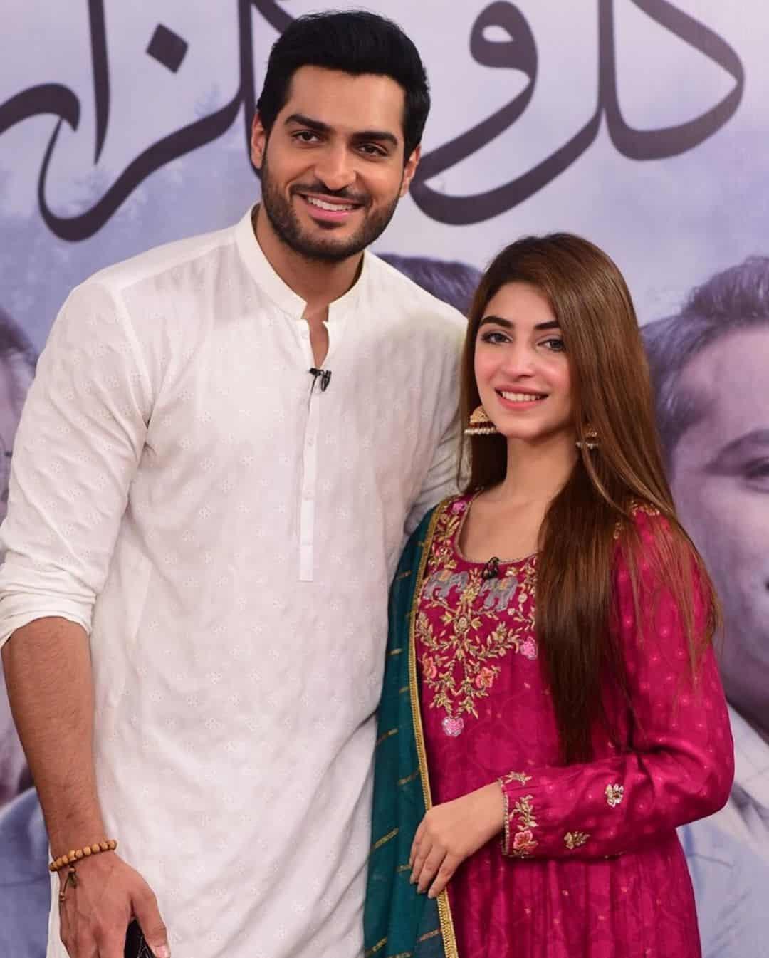 Cast of Drama Serial Gul-o-Gulzar in Good Morning Pakistan