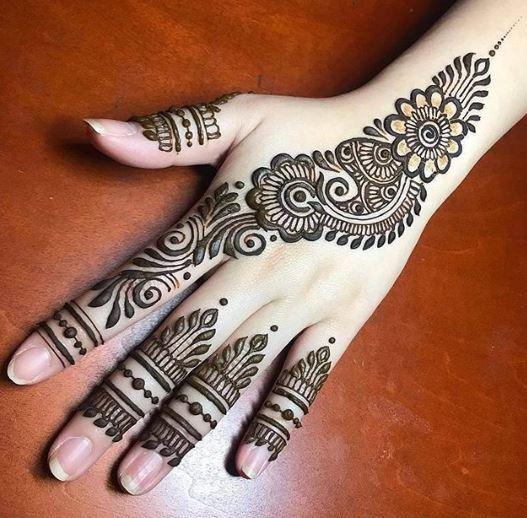 Indian Mehndi Design 24