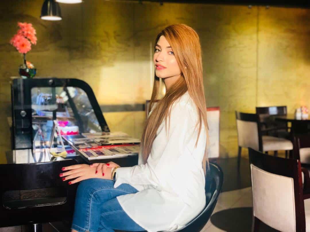 Beautiful Actress Kinza Hashmi's Latest Clicks