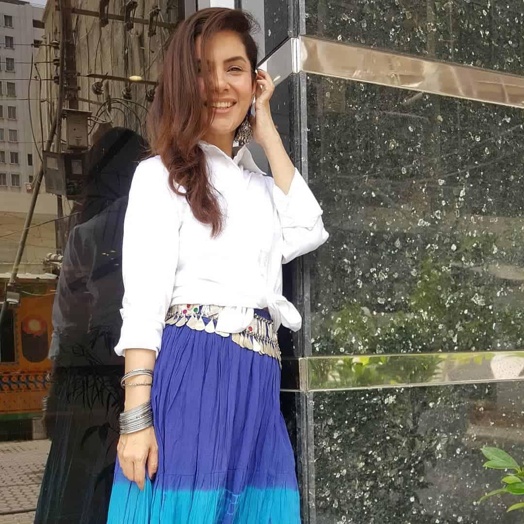 Actress & Host Kiran Khan Latest Pictures
