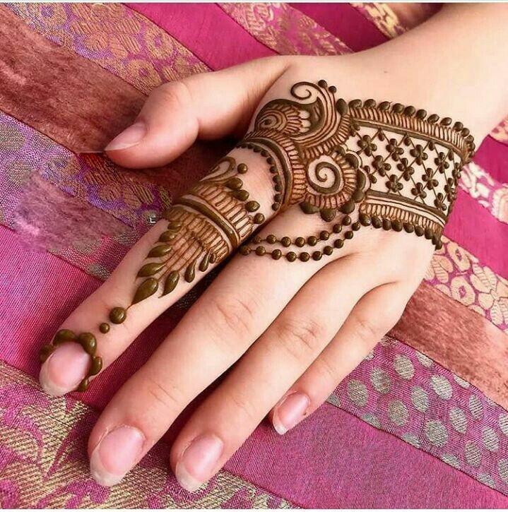 Ornamental mehndi designs 6