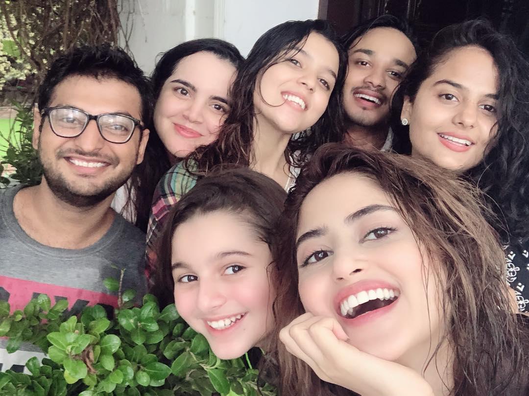 Pakistani Celebrities Enjoying Today's Rain in Karachi 15