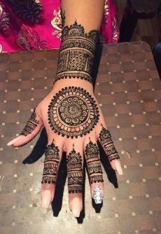 Pakistani Mehndi Design 16