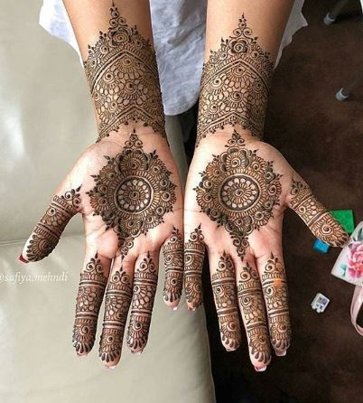 Pakistani Mehndi Design 20