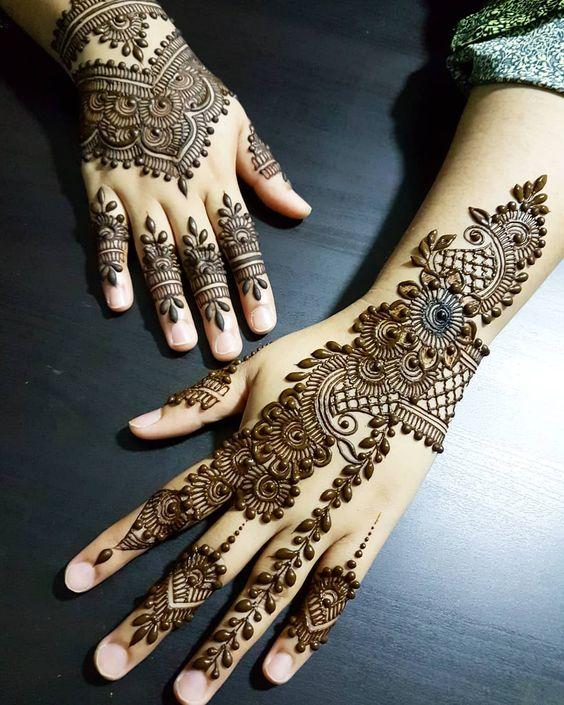 Pakistani Mehndi Design 29