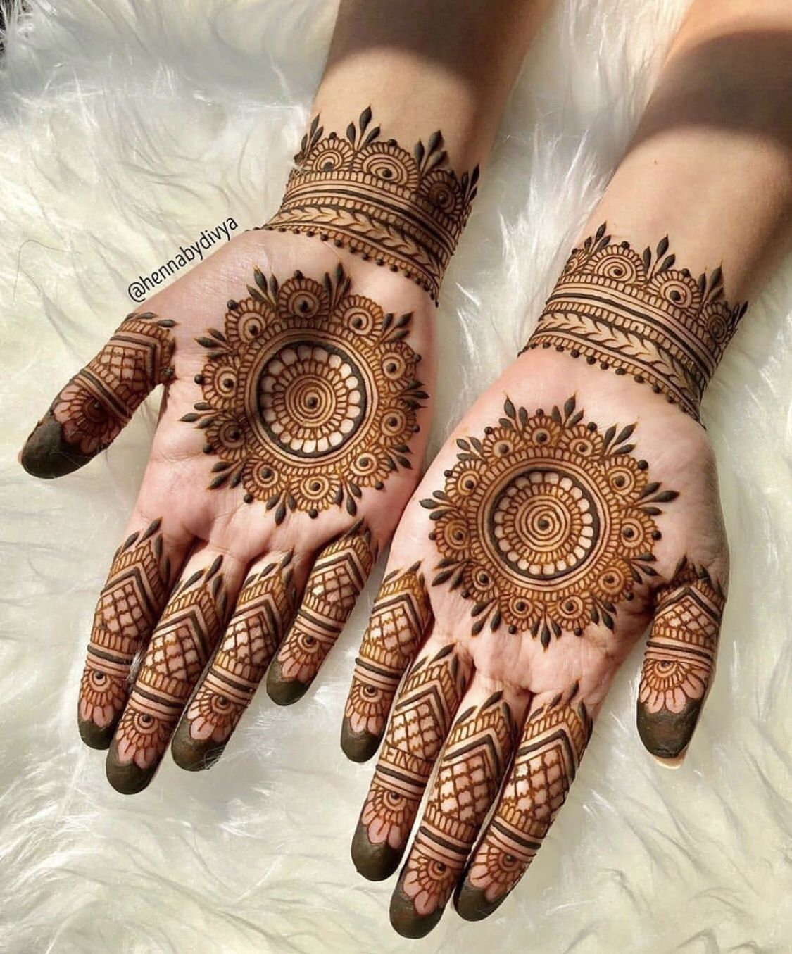 Pakistani Mehndi Design 9