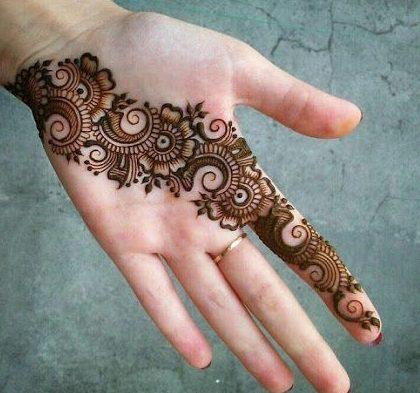 Rosette And Filigree Mehndi Designs 10