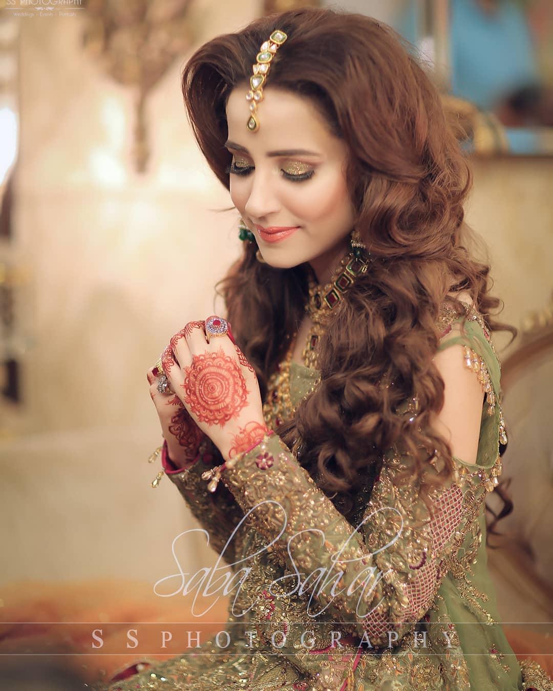 Beautiful Actress Saniya Shamshad's Mehndi Pictures