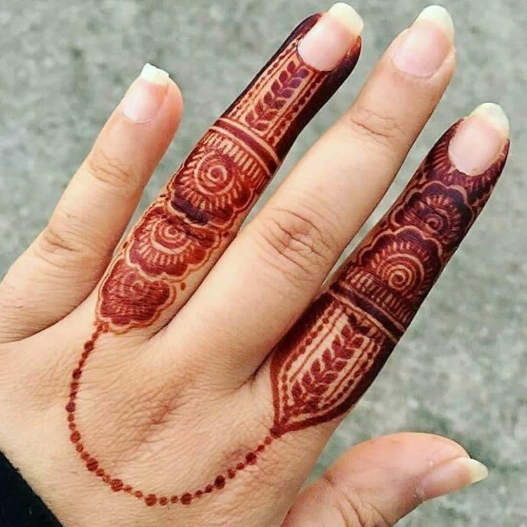 Simple Mehndi Designs 12
