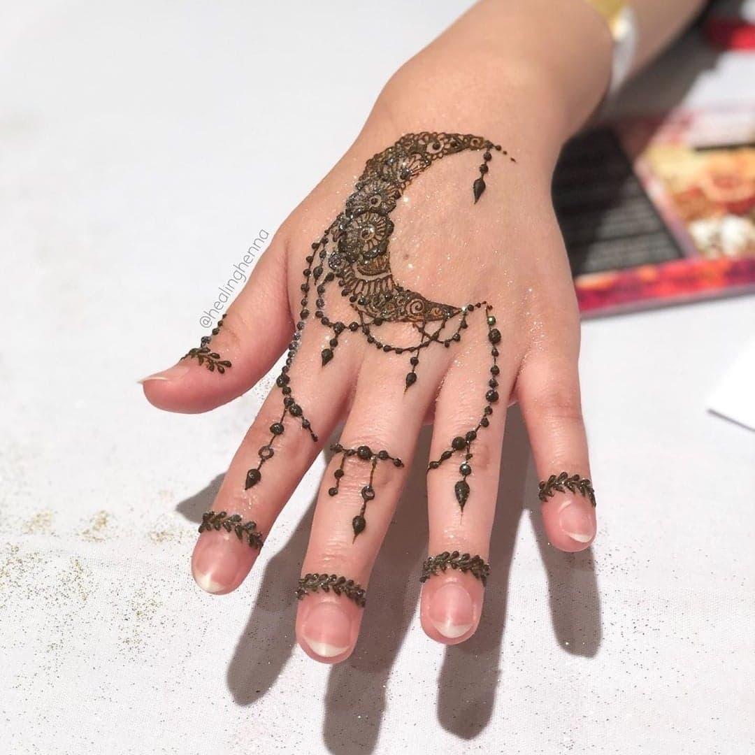 Simple Mehndi Designs 3