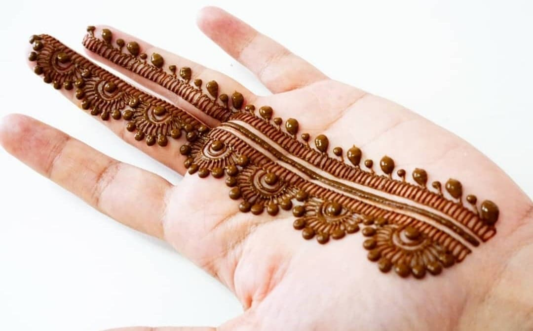 Simple Mehndi Designs 9
