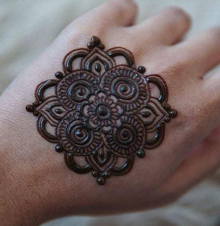 Tatoo Mehndi Designs 17