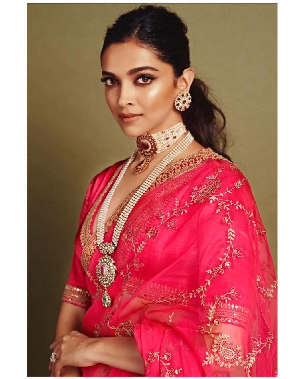 Deepika Padukone In Saree | 27 Types of Sarees You Will ...