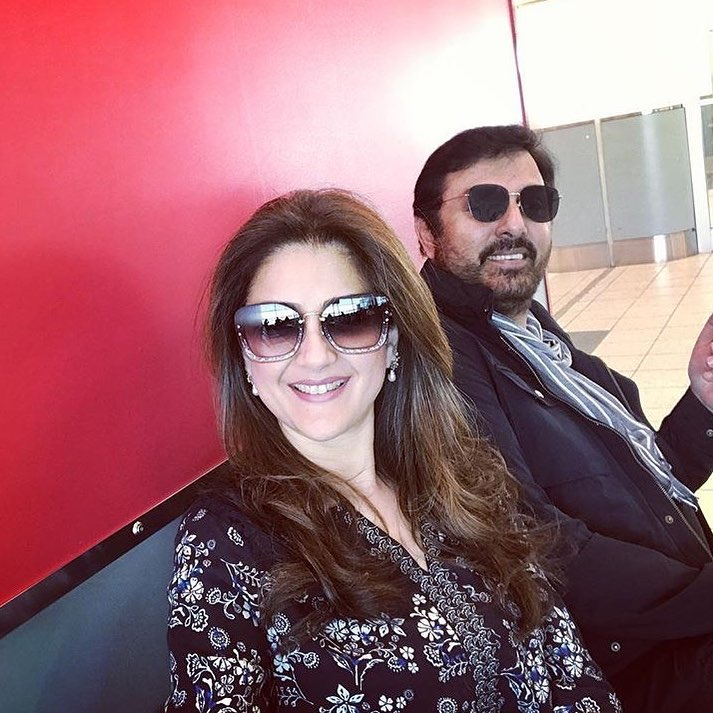 Latest Pictures of Talented Actor Nauman Ijaz with his Wife and Sons