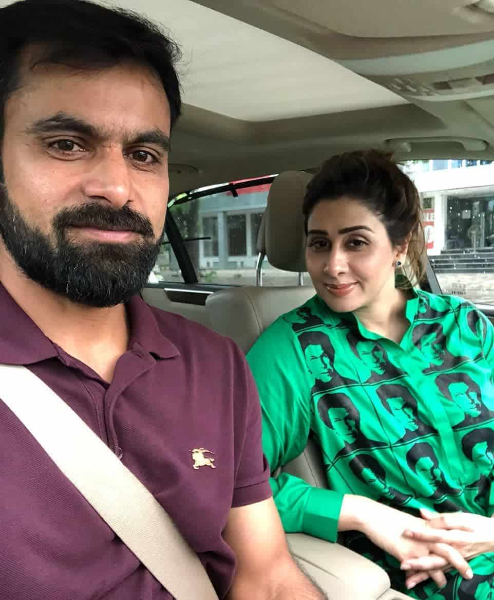 Mohammad hafeez and wife family 36