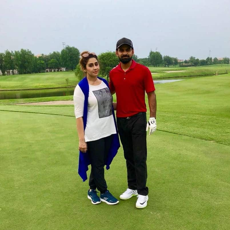 Mohammad hafeez and wife family 34