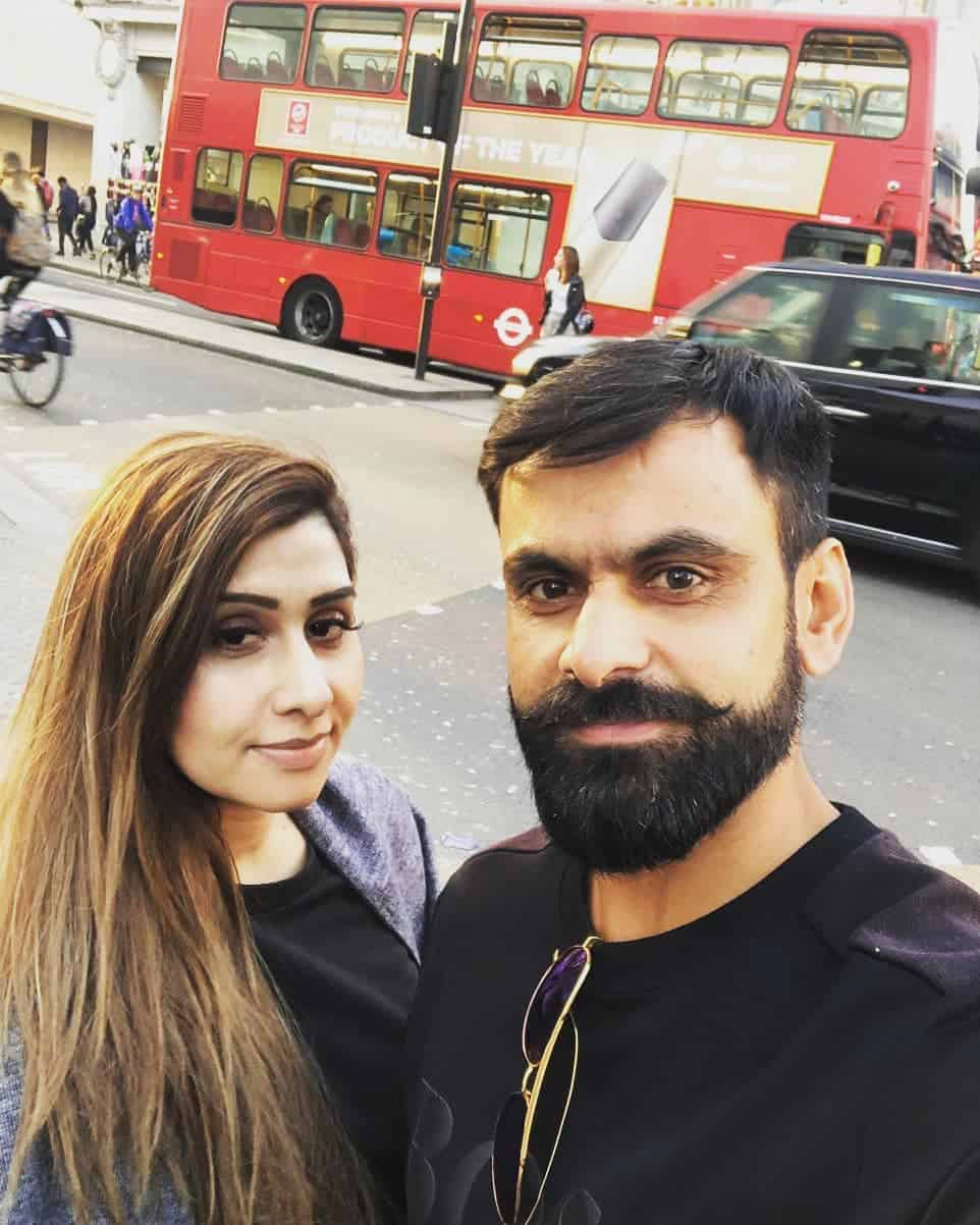 Mohammad Hafeez Wife and Family 22