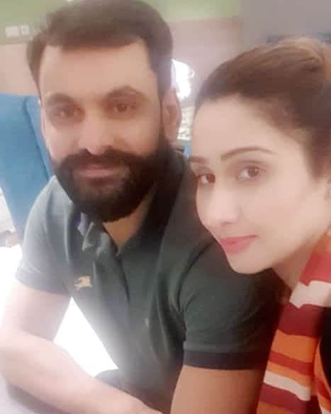 Mohammad Hafeez Wife and Family 16