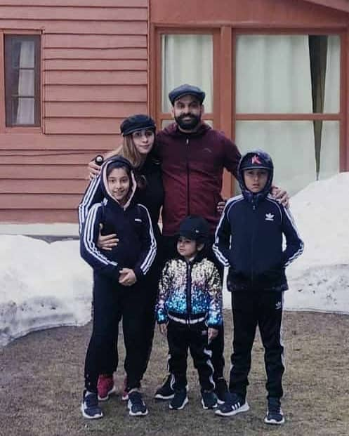 Mohammad Hafeez Wife and Family 13