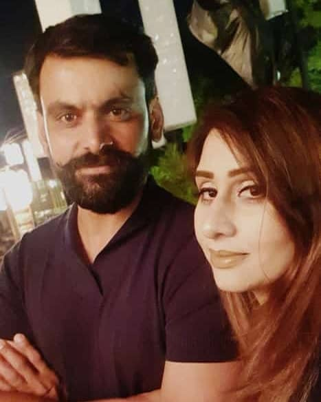 Mohammad Hafeez Wife and Family 10