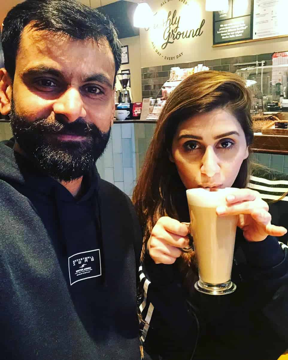 Mohammad Hafeez Wife and Family 9