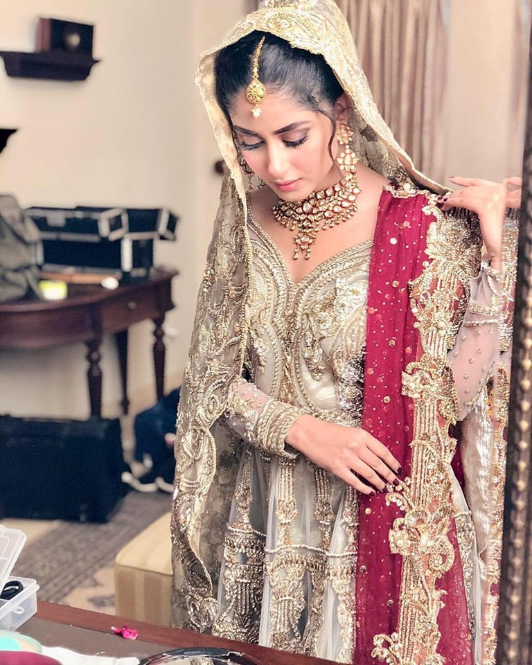 Sajal Aly is Looking Extremely Gorgeous in her Latest Clicks