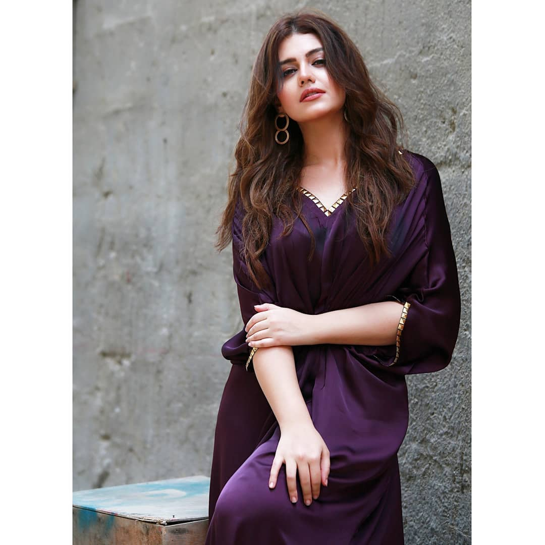 Zara Noor Abbas Latest Clicks from Promotions of her Movie Paray Hut Love