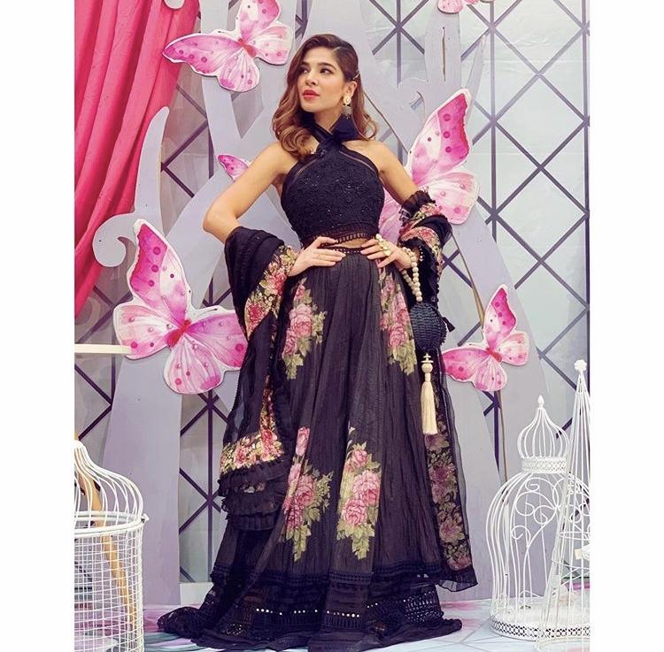 Ayesha Umar image 9