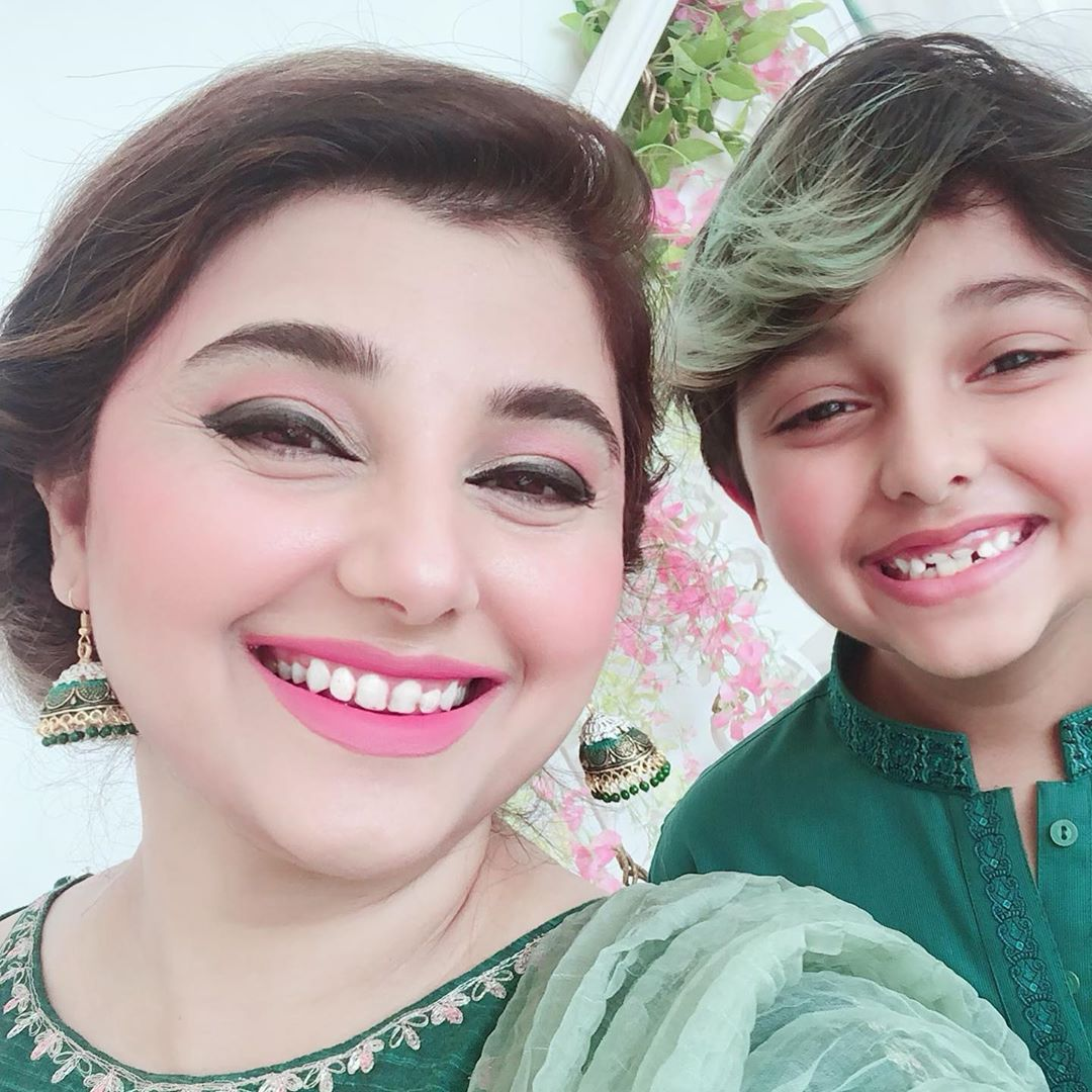 Javeria Saud Celebrating Independence Day 2019 with Kids 5