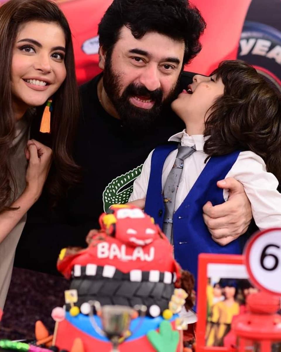 Nida Yasir Balaj 13