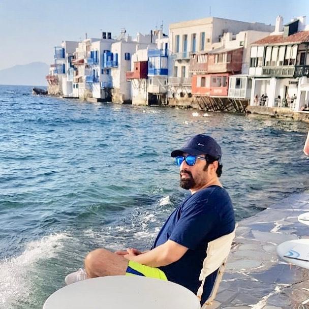 Nida Yasir Nawaz Greece 10