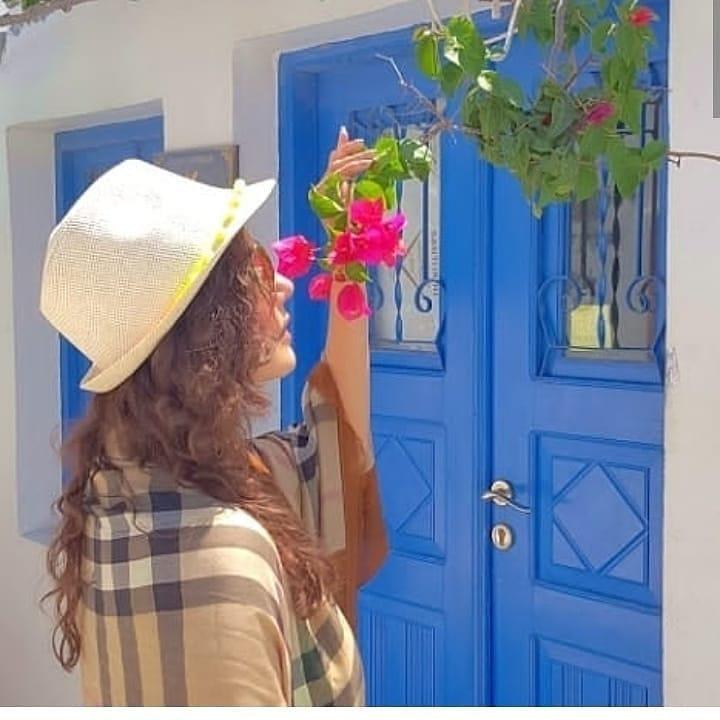Nida Yasir Nawaz Greece 4