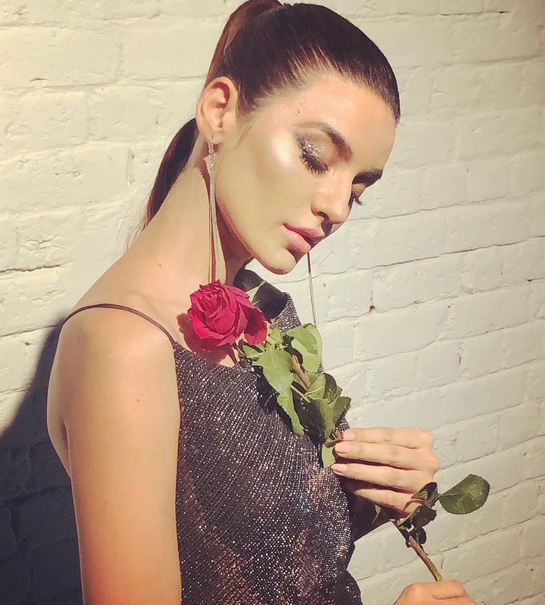 Sadia Khan 4