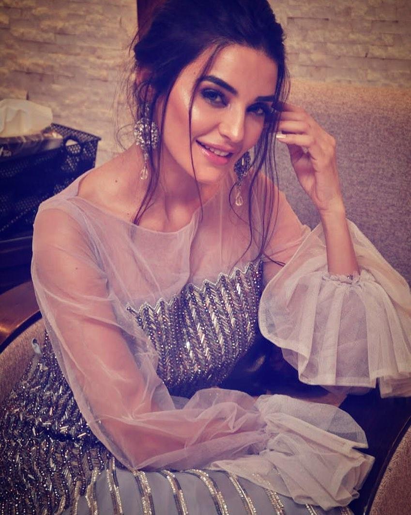 Sadia Khan 5