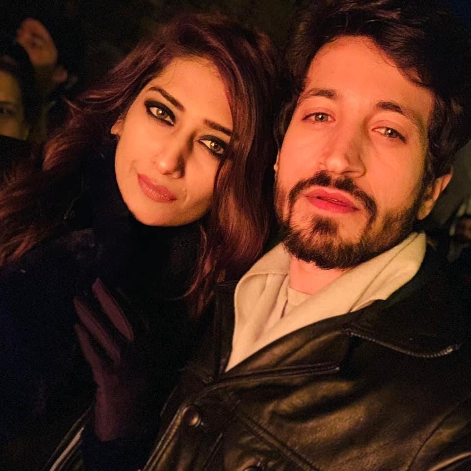 Salman Faisal with Wife 10