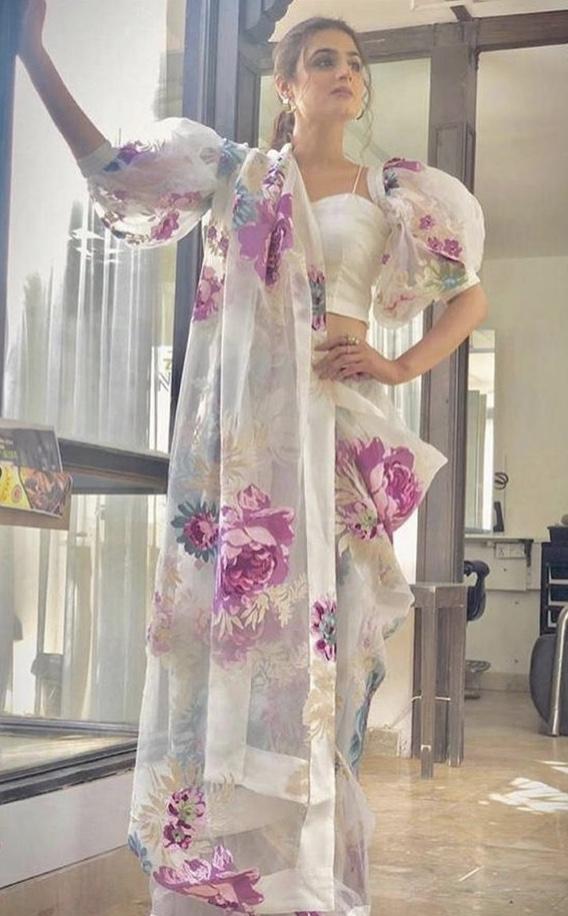 Saree image 7