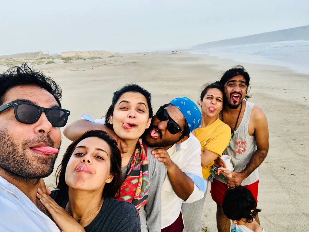 Yasir Iqra Aziz Ormara Beach 2