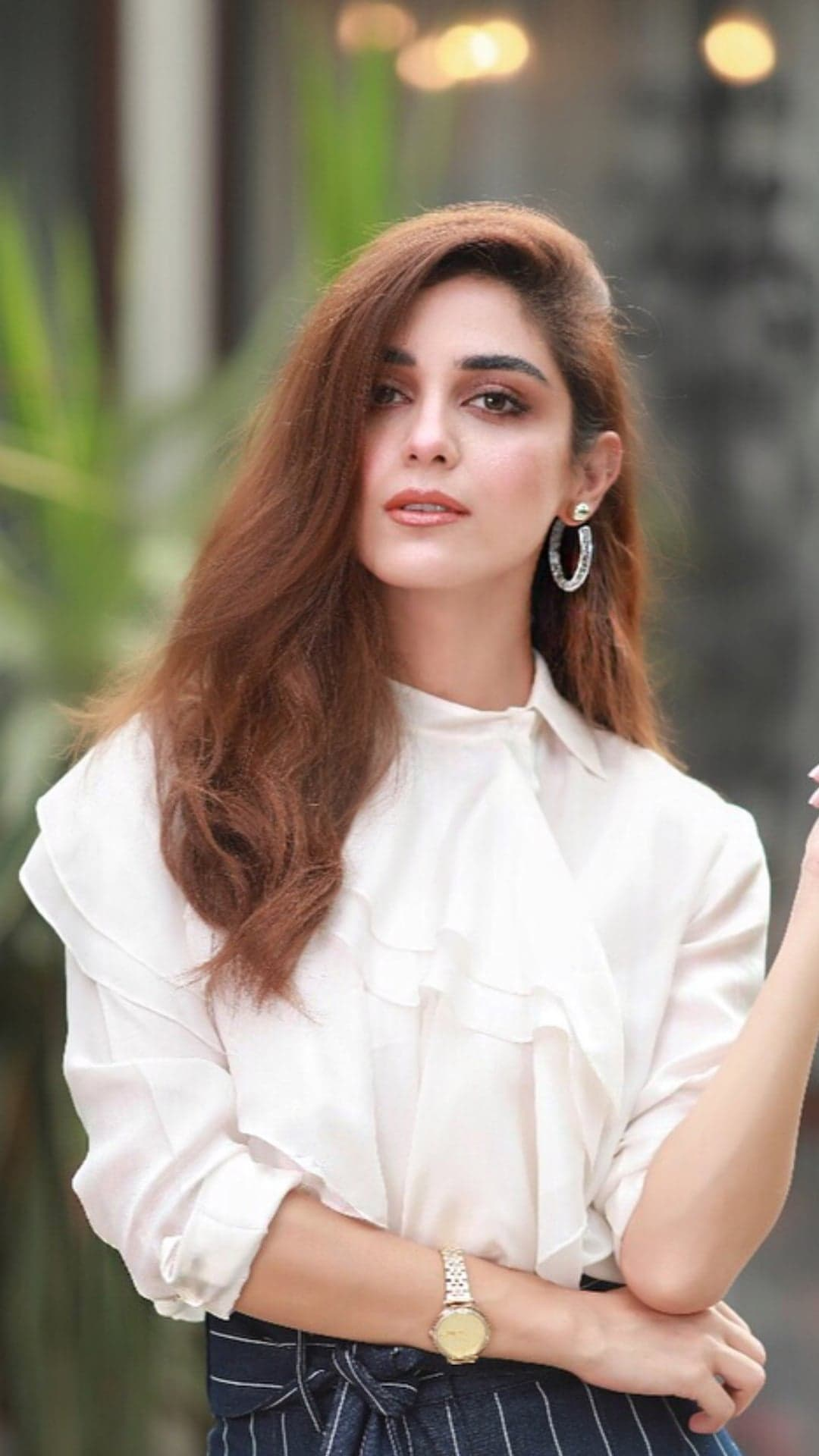 Top 5 Natural & Glamorous Makeup Looks of Maya Ali