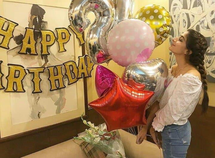 Mawra Hocane Celebrates Her Birthday With Work Family