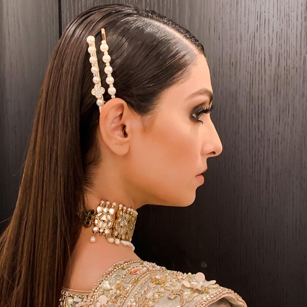 Beautiful Clicks of Ayeza Khan in Bridal Dress for PLBW 2019