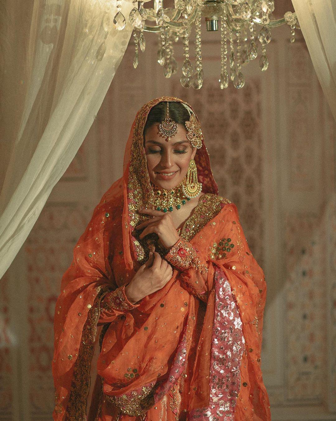 Latest Beautiful Bridal Photo Shoot of Gorgeous Actress Ayeza Khan